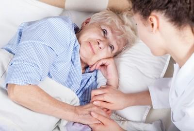 Cuidador de Idosos com Doenças Degenerativas Vila Maria - Cuidados para Idoso