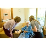 moradia para idoso senilidade